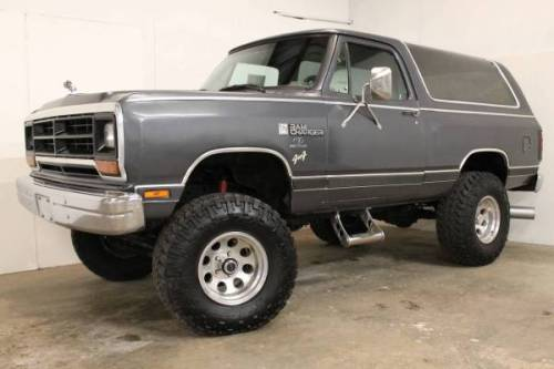1988 dodge ramcharger lifted 35s 360 v8 4 speed for sale savannah ga. Black Bedroom Furniture Sets. Home Design Ideas