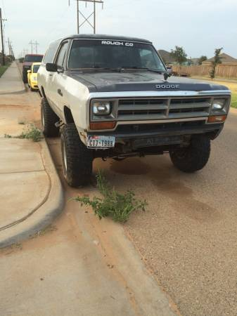 1984 Dodge Ramcharger 318 Auto For Sale in Lubbock, TX
