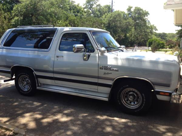 1989 Dodge Ramcharger V8 Auto For Sale in Austin, TX