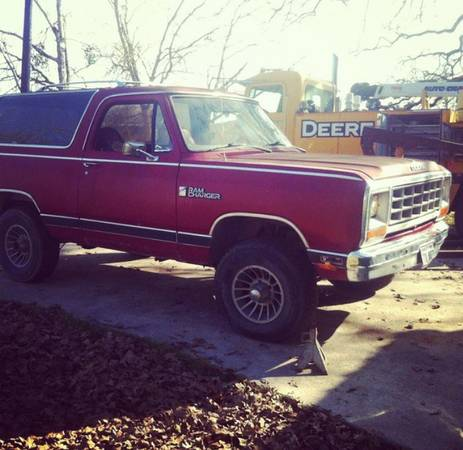 1985 Dodge Ramcharger AW150 Auto For Sale in Houston, TX