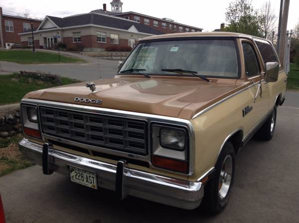 1985 Dodge Ramcharger 360ci V8 Auto For Sale in Detroit, ME