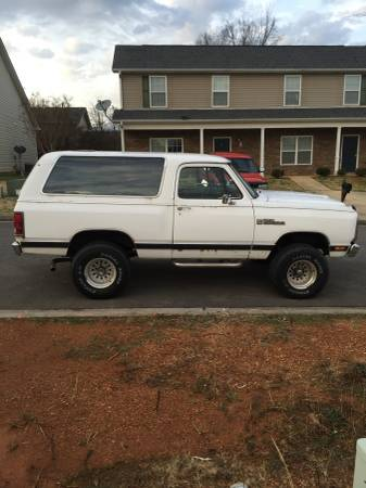 1985 Dodge Ramcharger V8 Auto For Sale in Adairsville, GA
