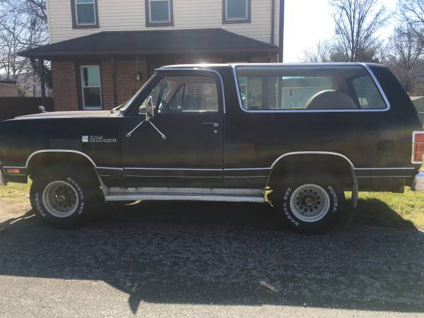 1987 dodge ramcharger 318 auto for sale in marietta pa. Black Bedroom Furniture Sets. Home Design Ideas
