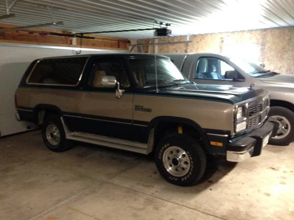1993 dodge ramcharger 5 2 v8 auto for sale in waterloo ia. Black Bedroom Furniture Sets. Home Design Ideas