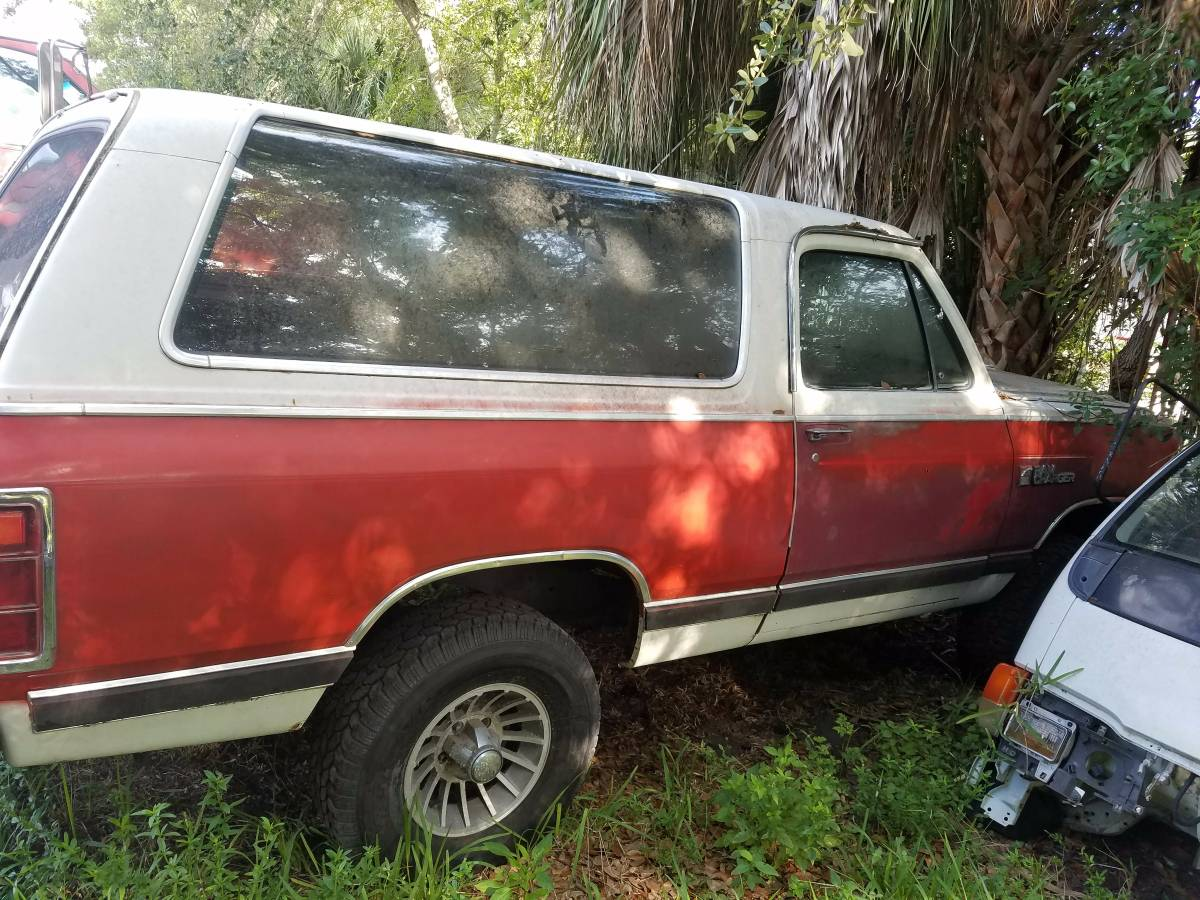 1986 Dodge Ramcharger 4x4 318 V8 Automatic For Sale in ...