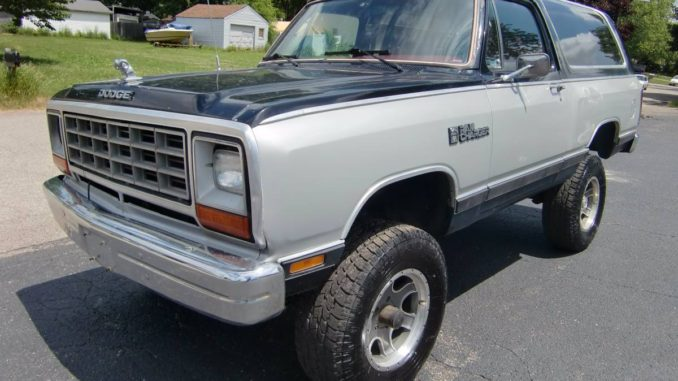 1986 Dodge Ramcharger 360 Automatic For Sale in Wyoming, MI