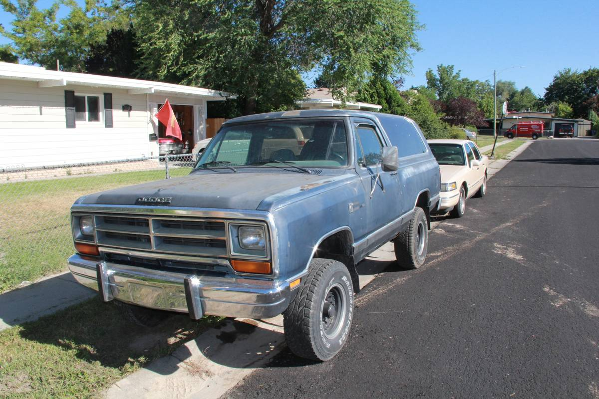 1987 dodge ramcharger 4x4 automatic for sale in west valley city ut. Black Bedroom Furniture Sets. Home Design Ideas