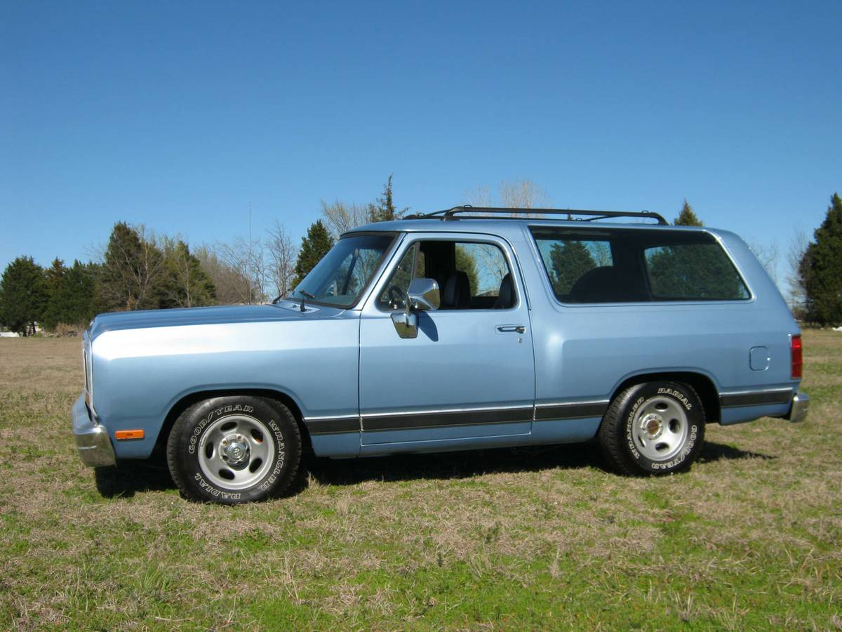 1988 Dodge Ramcharger 318 Automatic For Sale in Old East ...