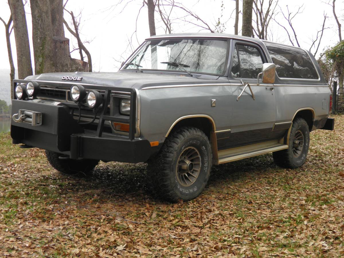 1987 Dodge Ramcharger 4X4 8 Cyl For Sale in Huntsville, AL