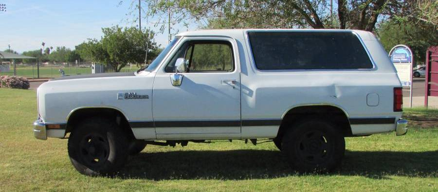 1990 Dodge Ramcharger 4X4 318CI For Sale in Phoenix, AZ