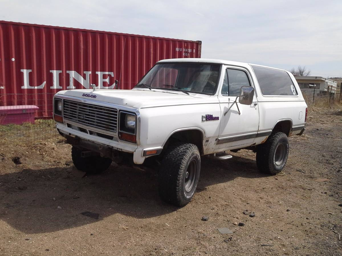 1982 Dodge Ramcharger 318 Automatic with 33s For Sale in ...