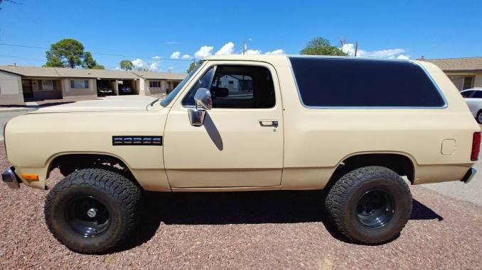 1983 Dodge Ramcharger 360 V8 A727 Auto For Sale In Tucson, AZ