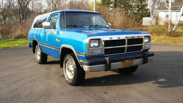 1991 Dodge Ramcharger 360 Auto For Sale in Syracuse, NY