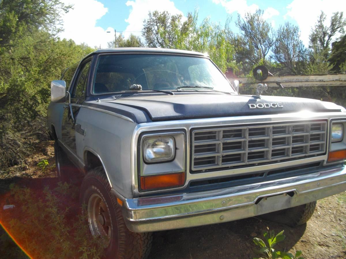 1985 Dodge Ramcharger 318 V8 For Sale in Humboldt, AZ