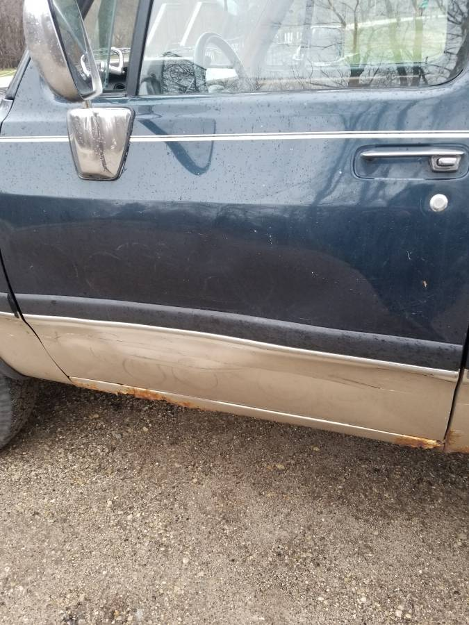 1992 Dodge Ramcharger 8cyl Auto For Sale in Fort Atkinson, WI
