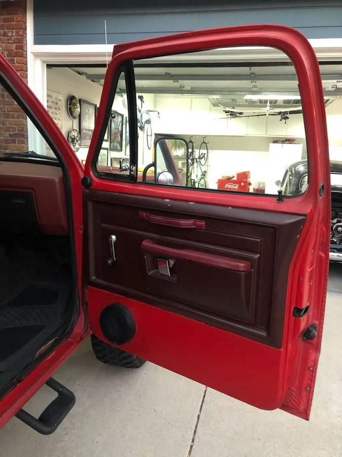 1984 Dodge Ramcharger V8 Auto For Sale in Santa Clarita, CA